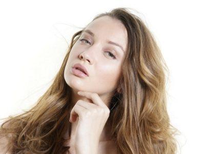 Signature le Skin Like Foundation finish : effet peau nue